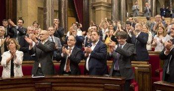 El Parlament Каталонии одобрил закон о переходном периоде в случае появлении Каталонской Республики