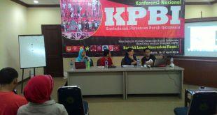 """Diskusi Dampak TPP Terhadap Buruh Bersama KPBI, di Jakarta, 16 April 2016""."