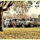 A lazy afternoon at the hot rod show by YepGraphix