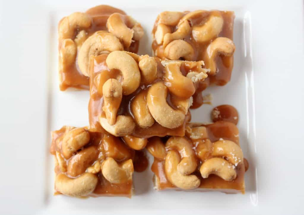 salted-caramel-cashew-bars