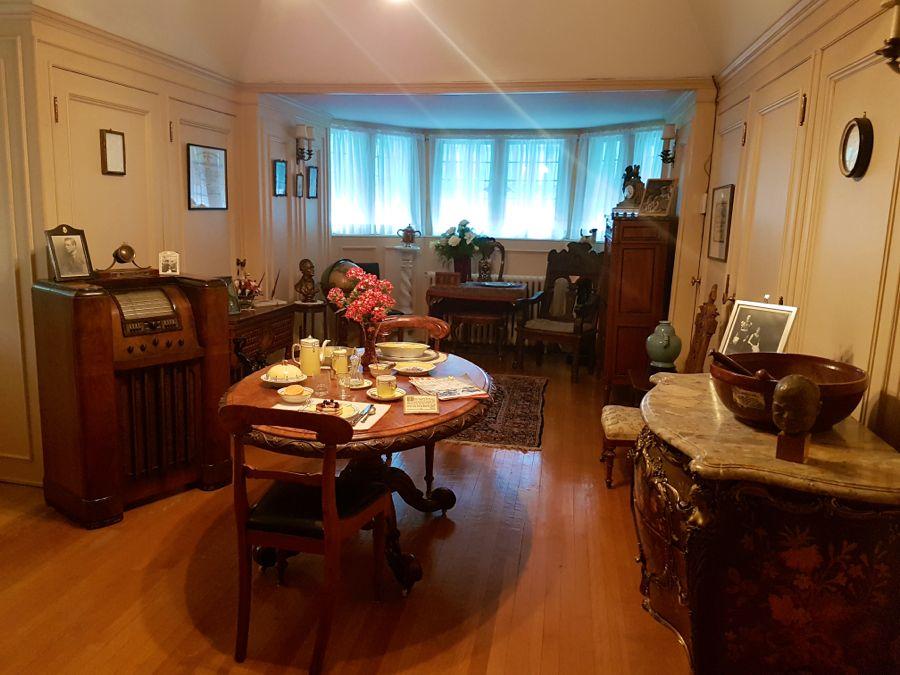 Laurier's breakfast nook