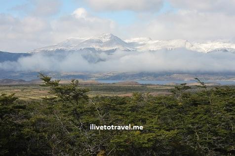 Vista of Patagonia's majesty from la Cueva del Milodón