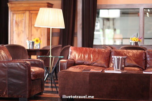 Nice leather couch in the tasting room at Veritas winery in Virginia wine country