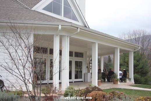 Pollak Vineyards' outdoor space in Virginia wine country