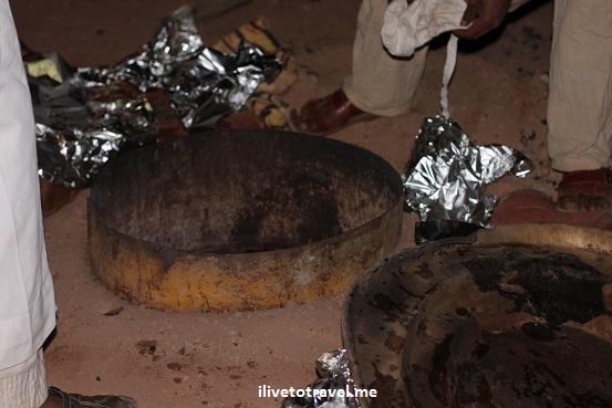 """Bedouin food cooking Jordan """"Wadi Rum"""" underground oven"""