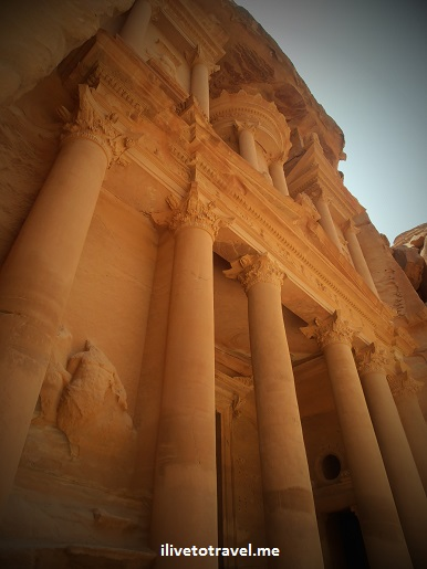 Jordan, Petra, Treasury, Indiana Jones, ruins, column, architecture, sky, travel, photo, Olympus