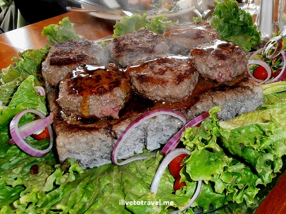 bison burger, Generations, Lake Placid, Himalayan salt block, foodie, cooking