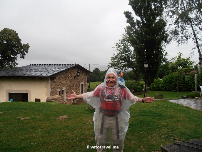 Camino, Santiago, Spain, rain, poncho, Olympus, travel, trekking, hiking, photo