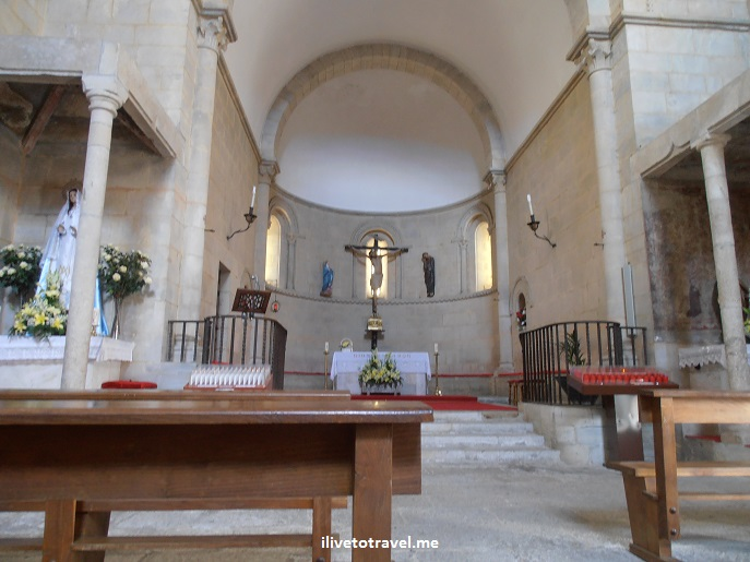 altar, Church San Juan, Portomarin, Galicia, Camino, Santiago, architecture, photo, travel, Olympus