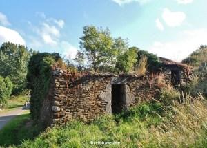 Camino, Santiago, Spain, ruins,España, The Way, hikking, trekker, travel, photo, sunny day, trail, Boente, Salceda