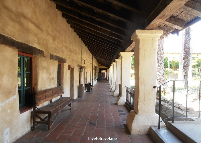 Santa Barbara, Mission, California, Franciscan, Olympus, travel, photo, architecture, history, religion