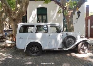vintage car, vintage auto, Uruguay, Colonia, Sacramento, travel, photo, Olympus, Ford, Super, Deluxe, living museum