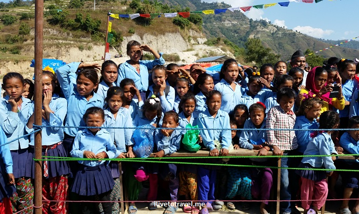 Mukari, Nuwakot, Nepal, trekking for kids, photo, school children, Samsung Galaxy, travel, voluntourism