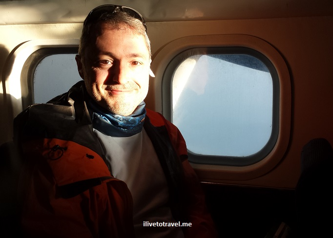 ilivetotravel, Raul Pino, flying, window seat, travel, Lukla, Nepal, Tara Air