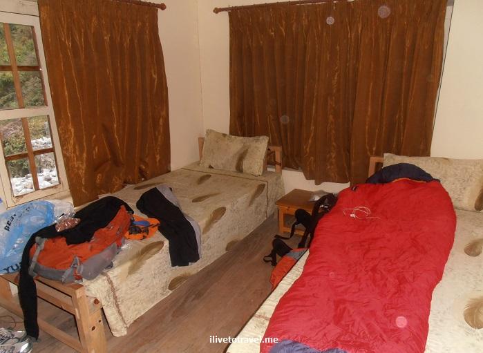 teahouse, room, Everest trek, lodging, Nepal, Himalayas, travel, trekking, travel, Olympus, photo
