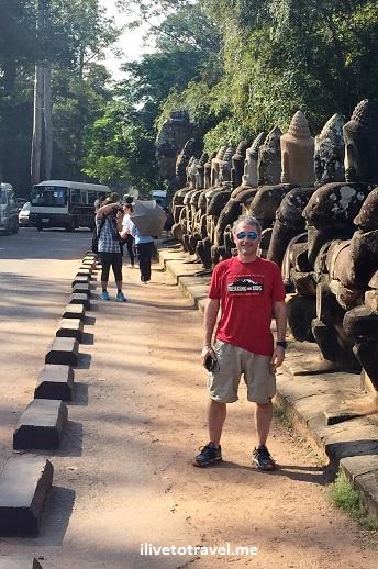 Angkor Thom, Bayon, temple, Khmer, Cambodia, Camboya, Cambodge, travel, explore, adventure, tourism, photo, samsung Galaxy, S7, ilivetotravel