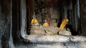 ... and then sitting Buddhas...