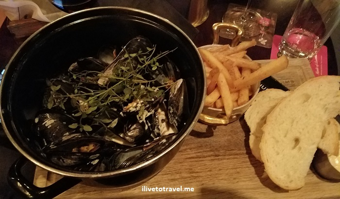 Sweden, Uppsala, Samsung Galaxy S7, photo, travel, explore, Churchill Arms, food, mussels