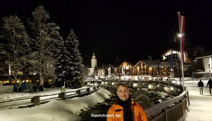 Lech, Vorarlberg, Austria, ski, ski town, snow, night, winter
