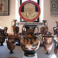 Should Italy sell recovered antiquities?