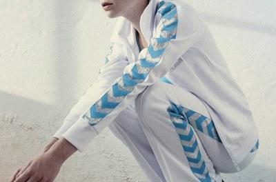 Sköna sportkläder med retrokänsla från Hummel
