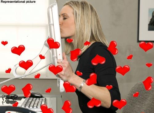 online dating romance