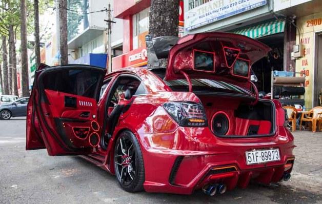 Chiêm ngưỡng chiếc Chevrolet Cruze độ ''tới nóc'' tại Thành phố Hồ Chí Minh - 1