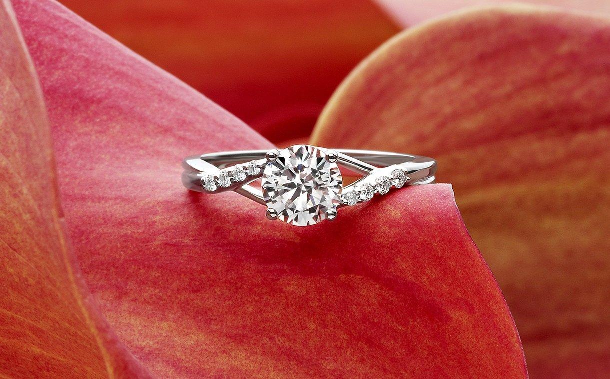 moissanite vs diamond build a wedding ring