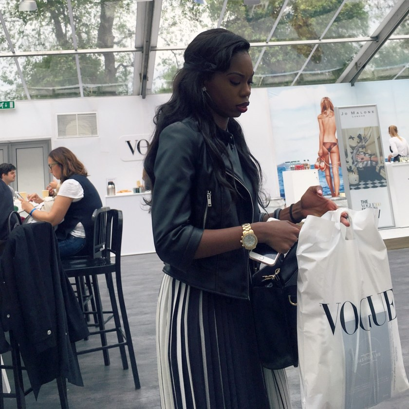 IA UPDATE Vogue Festival 2016 Street Style Day 1 Pt. 1 by Troy Wise & Rick Guzman. Spring 2016, www.imageamplified.com, Image Amplified (25)