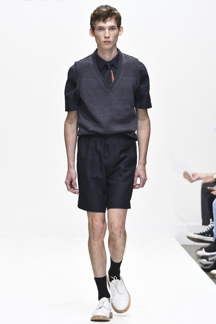 LONDON COLLECTIONS MEN Margaret Howell Spring 2017. www.imageamplified.com, Image Amplified (4)