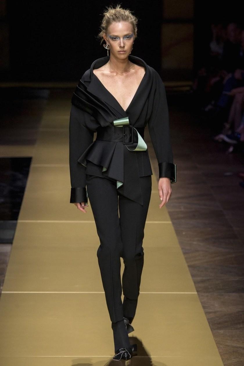 PARIS HAUTE COUTURE Atelier Versace Fall 2016. www.imageamplified.com, Image Amplified (2)