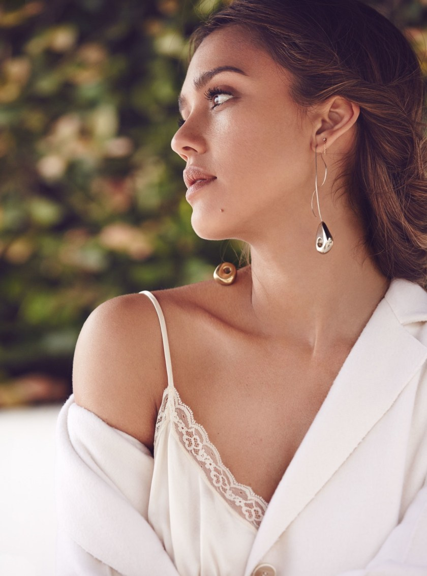 ALLURE MAGAZINE Jessica Alba by Will Davidson. Beth Fenton, September 2016, www.imageamplified.com, Image Amplified3