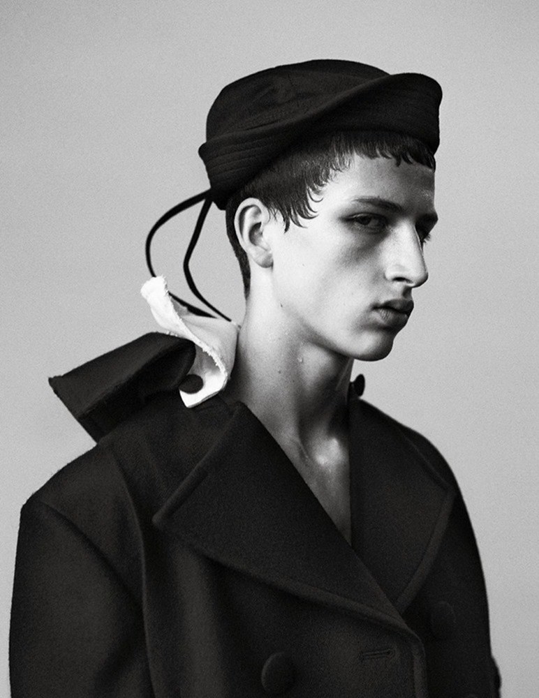 MAN ABOUT TOWN Cargo de nuit by Willy Vanderperre. Olivier Rizzo, Fall 2016, www.imageamplified.com, Image Amplified (28)