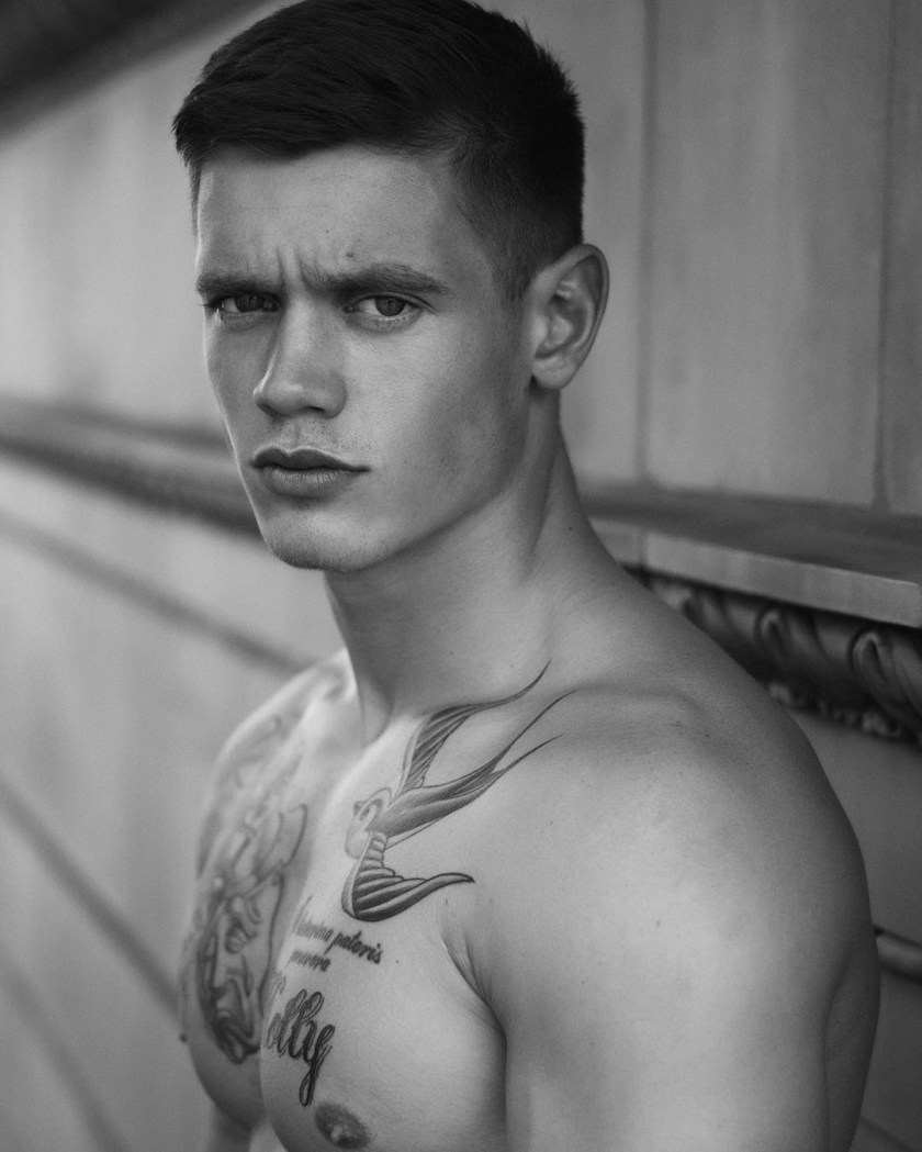 MASCULINE DOSAGE Charlie Auterac by Dimitris Theocharis. Summer 2016, www.imageamplified.comm, Image Amplified (7)