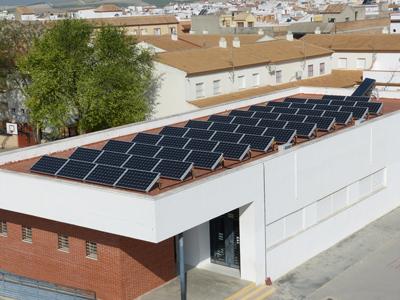 Una de las plantas fotovoltaicas sobre tejado de que las que dispone Ecooo.