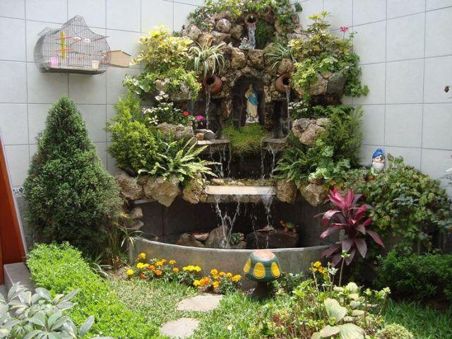 Imagenes de jardines peque os con fuentes de agua for Cascadas en jardines pequenos