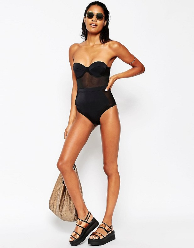 Mesh Panel Cupped Swimsuit - €38,35