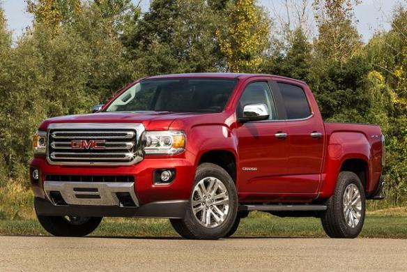 2018 GMC Canyon  New Car Review   Autotrader 2018 GMC Canyon  New Car Review featured image large thumb0