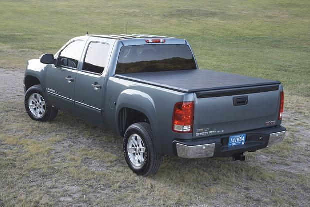 2007 GMC Sierra 1500  Used Car Review   Autotrader 2007 GMC Sierra 1500  Used Car Review featured image large thumb4