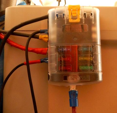 Cheap RV Living.com -Installing a 12 Volt Fuse Block