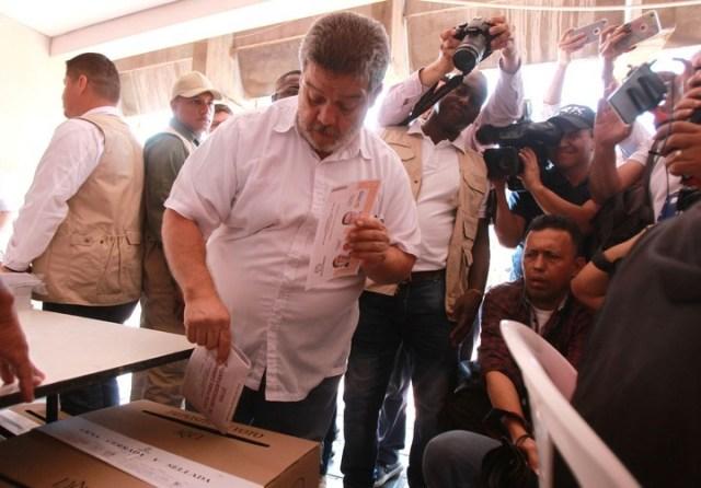 Elecciones legislativas en Colombia: gana la derecha y las FARC se estrellan en su debut en las urnas
