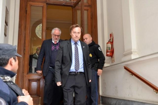 El intendente Sergio Varisco al salir del Juzgado Federal de Paraná. Fue procesado por la Justicia.