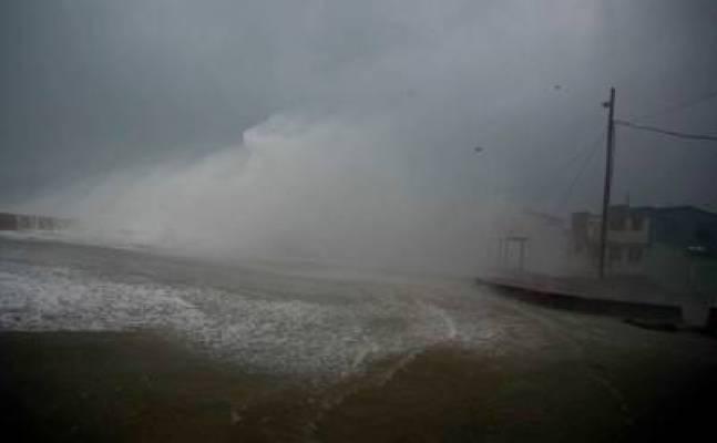 El huracán Matthew golpea fuerte en Cuba. La imagen de la ciudad de Baracoa. AP
