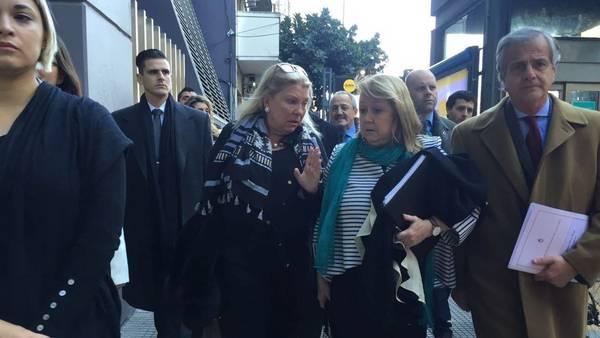 La canciller Malcorra y la diputada Elisa Carrió, llegan al Anexo de la Cámara de Diputados, en junio pasado. Foto: Prensa Coalición Cívica