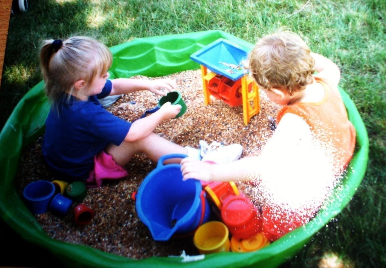 Fullsize Of Two Kids In A Sandbox