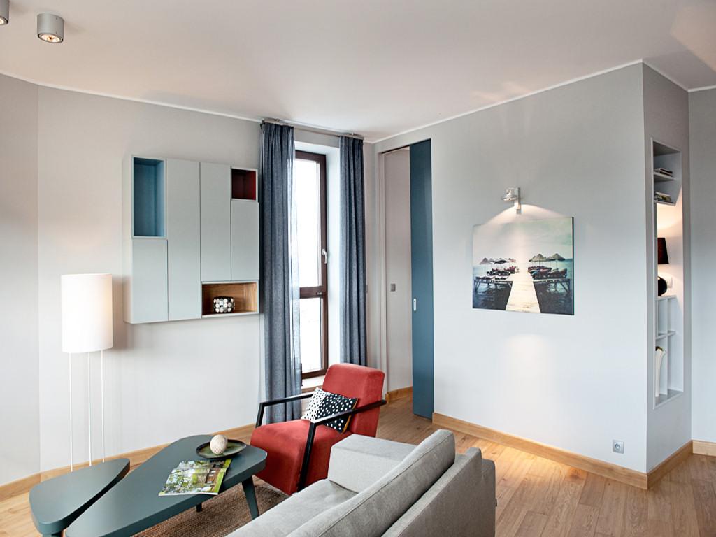Apartamento de dise o moderno por loft magdalena adamus for Apartamentos disenos modernos