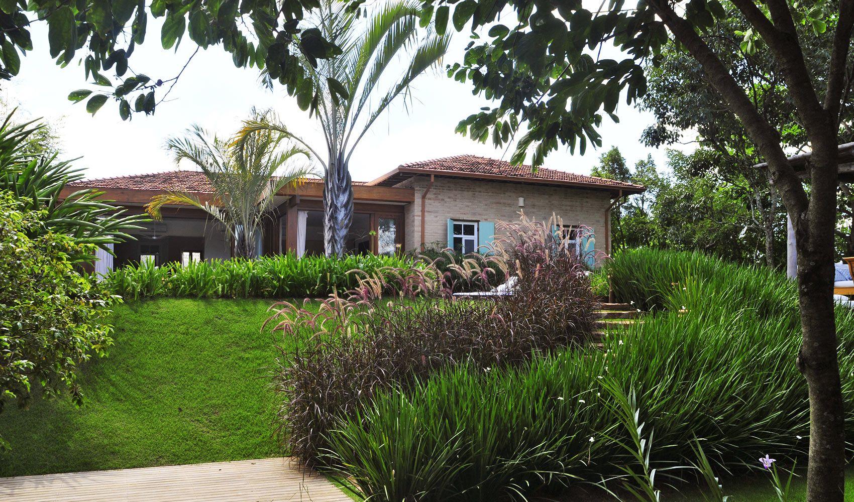 Dise o de exteriores jardines modernos y tropicales for Palmeras pequenas para jardin