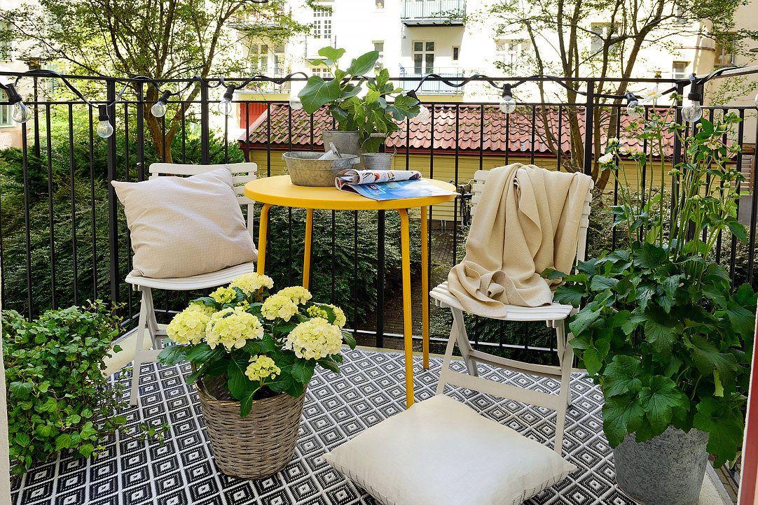Decorando un monoambiente con muebles vintage for Muebles para balcon exterior pequeno