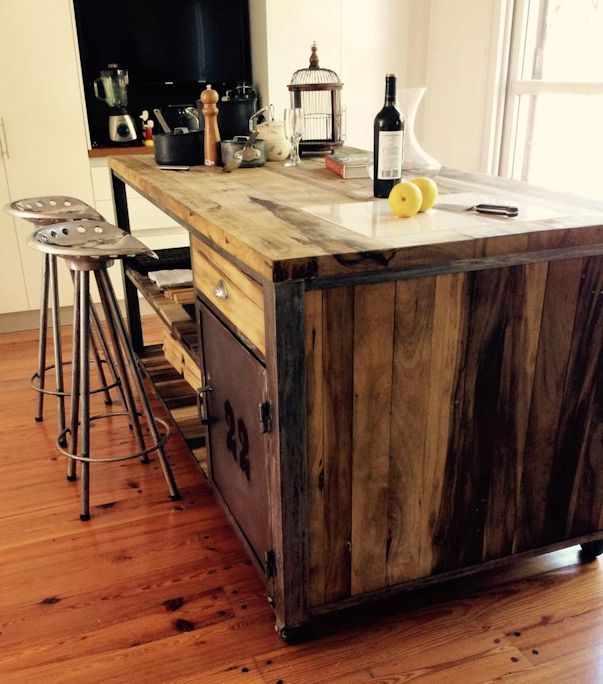 Estudio cuervo muebles en estilo industrial for Muebles estilo industrial online