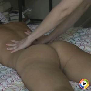 KellyXoXo gets a massage